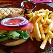 ハワイ島キラウエア火山のレストランでランチ!