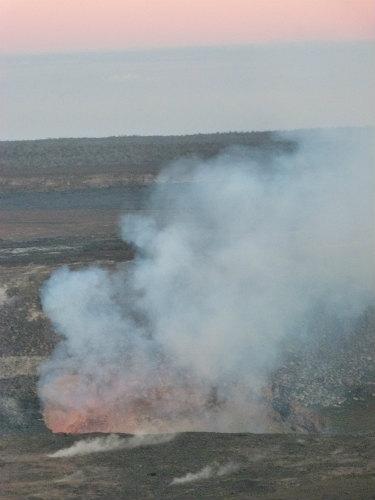 ハワイ島火山・溶岩リポート(ハレマウマウ火口・ハワイ島・マイカイオハナツアー)