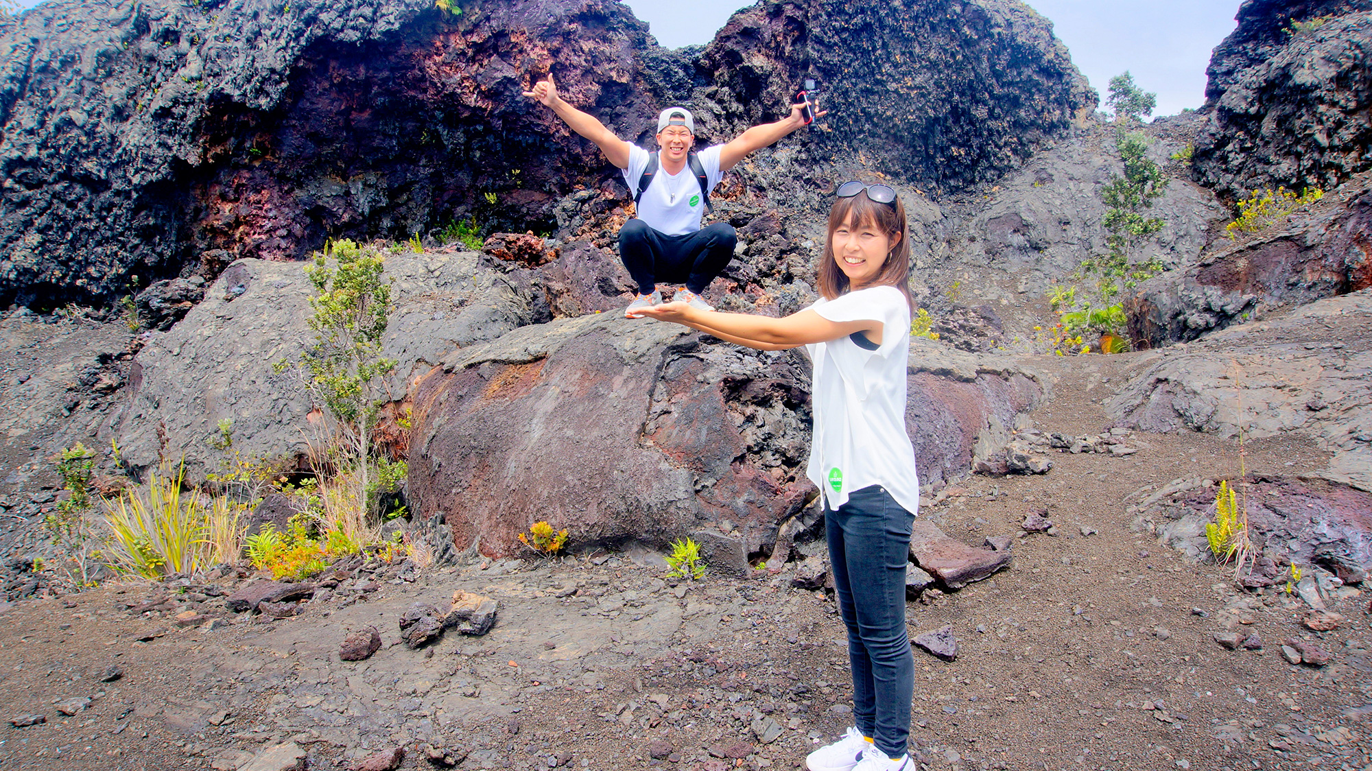 溶岩台地をハイキングしながら手付かずの自然を大発見!